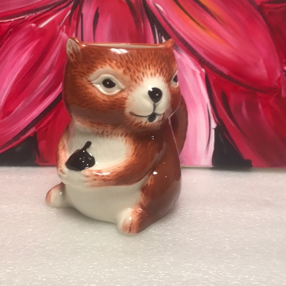 Threshold squirrel coffee cup